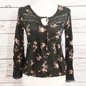 Socialite black floral long sleeve blouse